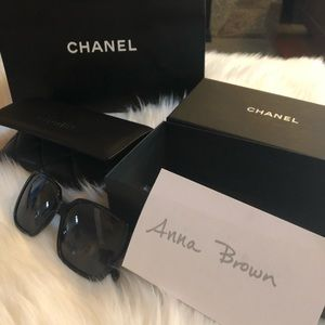 New w/Box Bag Chanel Polarized Square Sunglasses